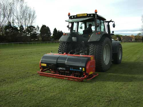 Solid Tine Aeration (Verti Draining)